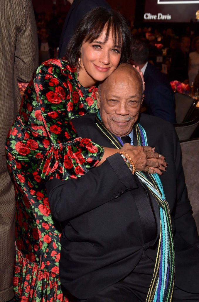 <p>Rashida Jones and her fam are kind of a major deal. Her father is music producer Quincy Jones, an 80-time Grammy Award nominee. </p>