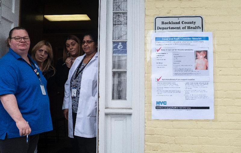 Nurses wait to provide measles vaccinations at the Rockland County Health Department in Haverstraw, New York (AFP Photo/Johannes EISELE)