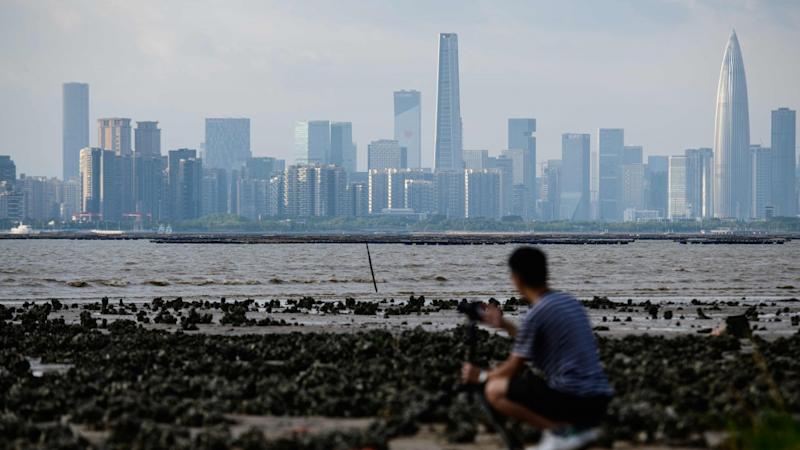 Hong Kong start-ups lack Shenzhen's international focus, limiting opportunities, survey finds