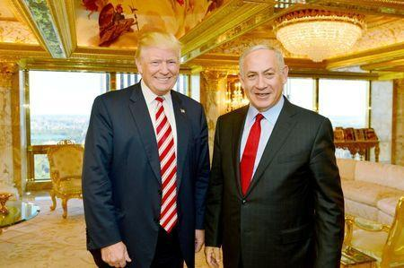Israeli Prime Minister Benjamin Netanyahu (R) stands next to Donald Trump during their meeting in New York, September 25, 2016. Kobi Gideon/Government Press Office (GPO)/File Handout via REUTERS