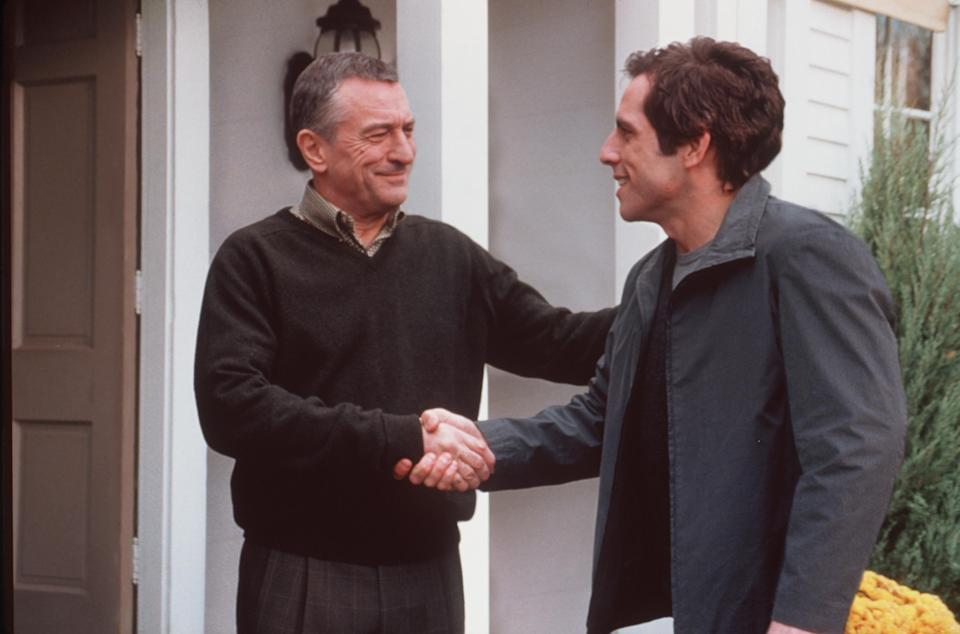 """378942 04: Actor Ben Stiller (R) """"Greg Focker"""" meets his girlfriend''s father Robert De Niro (L) """"Jack Byrnes"""" in Universal Pictures """"Meet the Parents."""" (Photo by Phillip V. Caruso/Universal Studios and Dreamworks LLC/Delivered by Online USA)"""