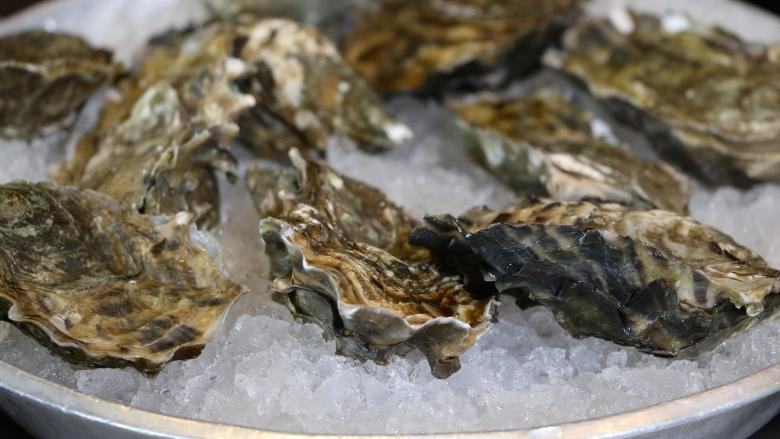 Raw and undercooked B.C. oysters sicken 40 Albertans