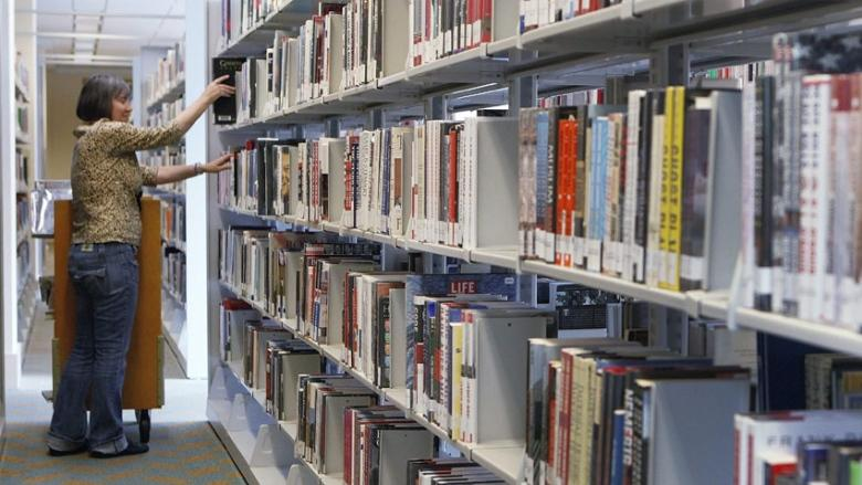 More librarians, fewer libraries — but no plan on how to actually do it