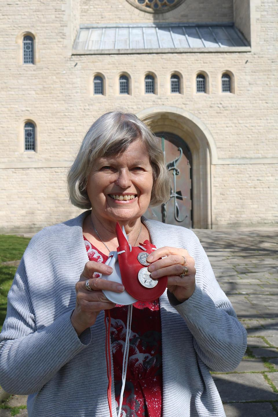 "Sue Ward said she was ""astonished and delighted"" to receive Maundy money from the Queen. (Buckingham Palace)"