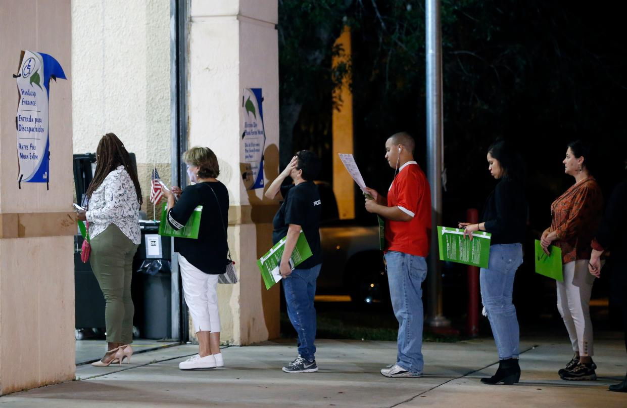 Waiting to vote at a polling station in Miami, Nov. 6, 2018. (Photo: Rhona Wise/AFP/Getty Images)