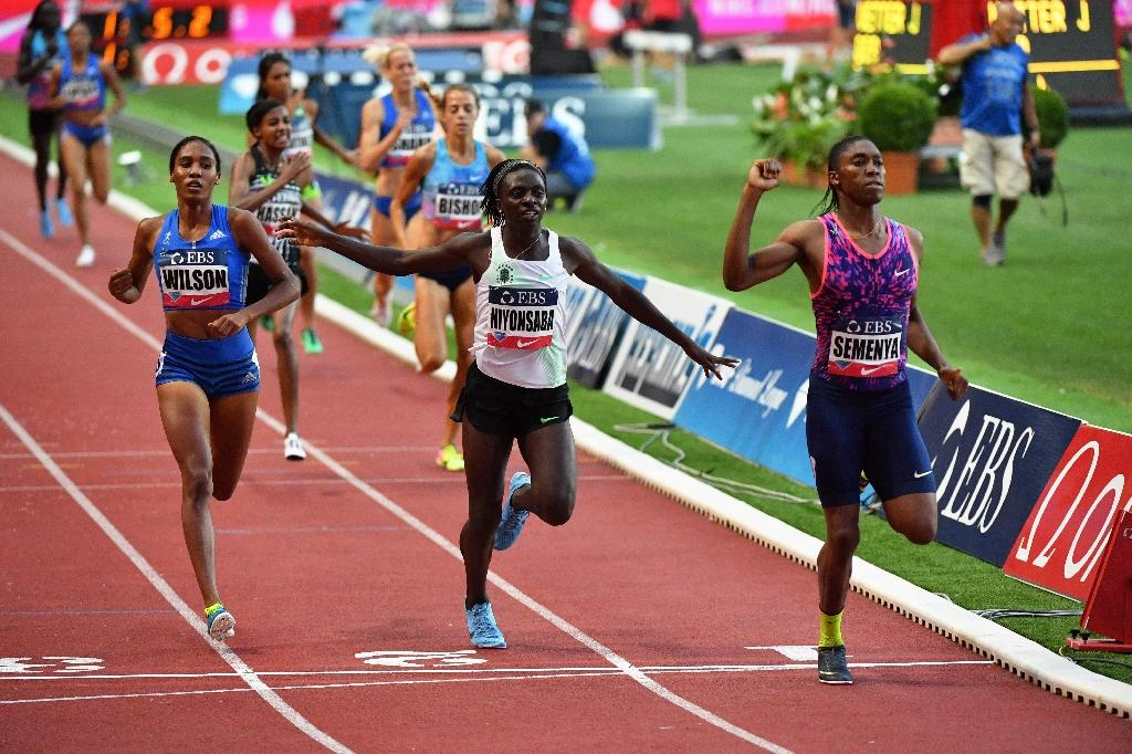 Winner South Africa's Caster Semenya (R), runs ahead of second-placed Burundi's Francine Niyonsaba (C) and third-placed US Ajee Wilson (L) during the women's 800m event at the IAAF Diamond League athletics meeting in Monaco on July 21, 2017 (AFP Photo/Yann COATSALIOU)
