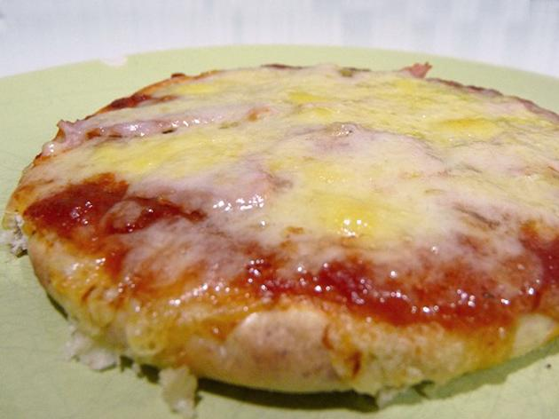For the Busy Parent: Pitta Pizza in 10 minutes