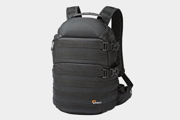 mejores mochilas laptop lowepro protactic 350 aw camera and backpack 3 700x467 c