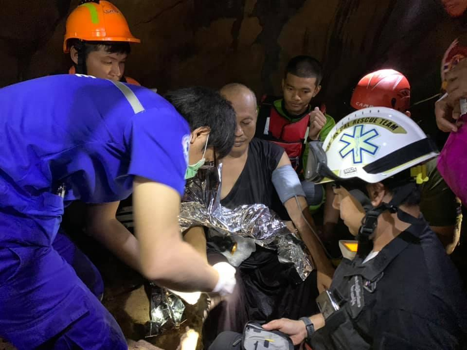<p>The rescue time found the monk inside the flooded cave after almost five days</p> (Facebook/ PhitsanulokRescue)