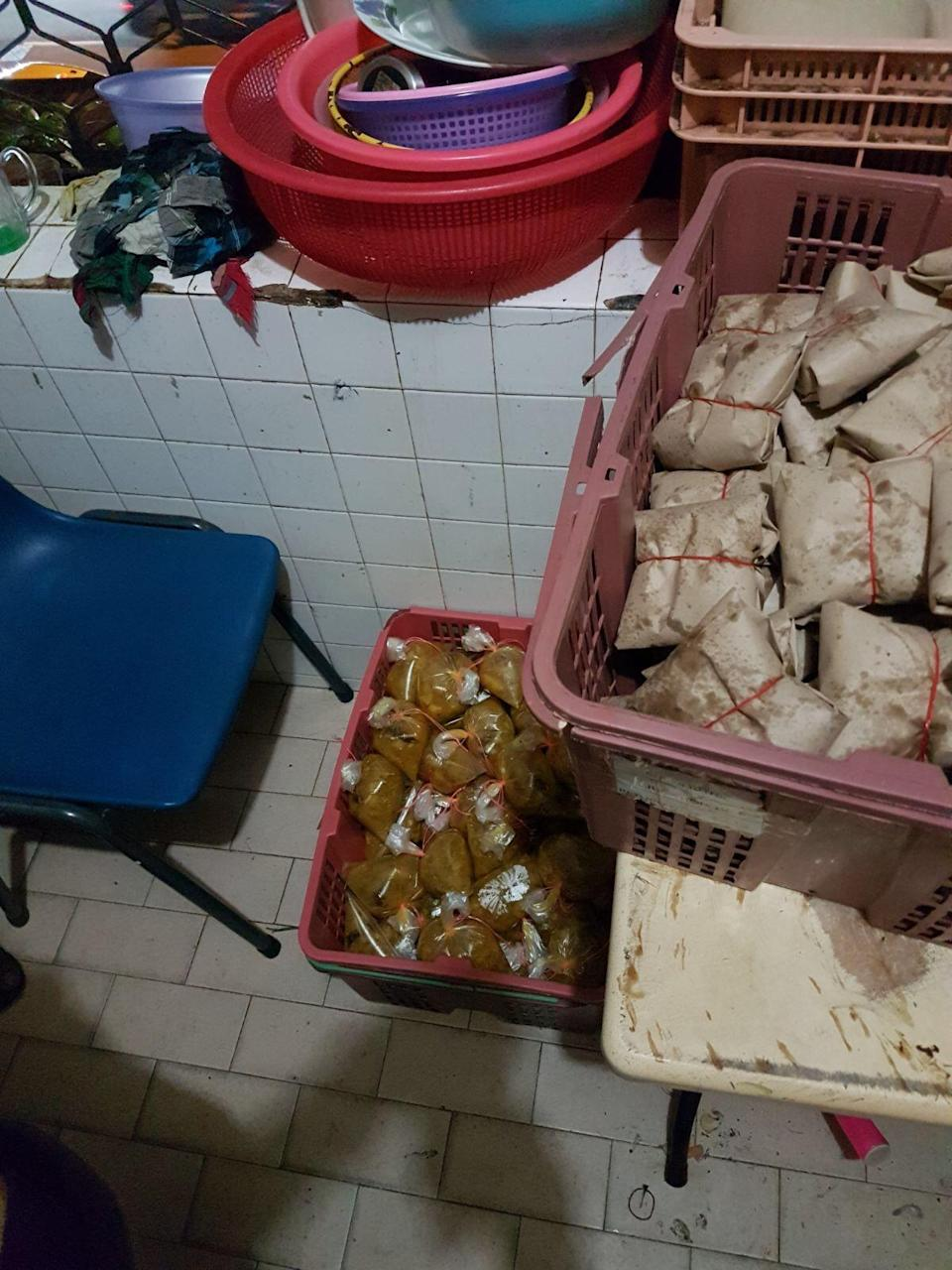 Cooked food in the foreign workers' accommodation that was packed hours before it was to be consumed. (Photo:MWC)