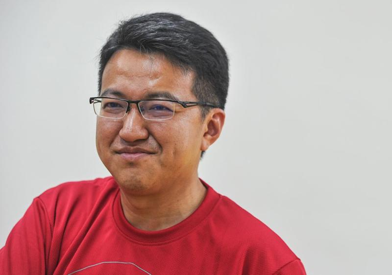 In an interview published today, Liew said multi-racial parties have gone mainstream following GE14, and even race-based parties in rival BN are considering becoming multi-racial. ― Picture by Shafwan Zaidon
