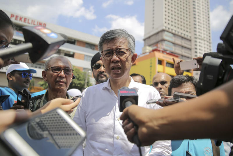 Tian Chua, on his Twitter account today, made an indirect reference to Rafizi and questioned the party's democracy. — Picture by Yusof Mat Isa