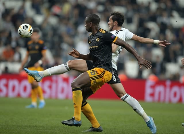 Willy Boly fights for the ball (AP)