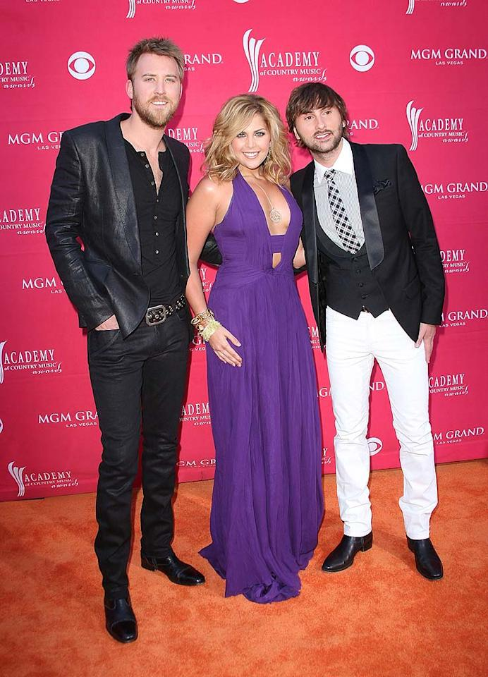 "Rising stars Lady Antebellum were all smiles as they hit the red carpet at the MGM Grand. Jason Merritt/<a href=""http://www.gettyimages.com/"" target=""new"">GettyImages.com</a> - April 5, 2009"