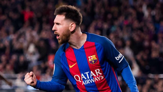 Lionel Messi scored twice as Barcelona came from behind to beat 10-man Valencia 4-2 in La Liga.