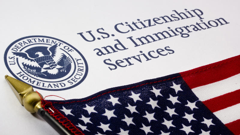H1B Applicants Are Being Diverted to O Visa, Says Top US Senator