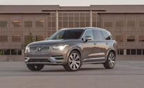 """<p>Like the rest of the Volvo lineup, the XC90 offers a copious standard safety features, a few of which are only available on optional packages elsewhere. The biggest standard features are forward-collision warning and automated emergency braking, blind-spot monitoring and rear cross-traffic alert, lane-departure warning, and active cruise control. The XC90 scored Good ratings in all six IIHS crash tests, with Superior and Advanced ratings in front crash mitigation. A five-star rating from NHTSA was also awarded. </p><p><a class=""""link rapid-noclick-resp"""" href=""""https://www.caranddriver.com/volvo/xc40"""" rel=""""nofollow noopener"""" target=""""_blank"""" data-ylk=""""slk:MORE XC90 INFO"""">MORE XC90 INFO</a></p>"""