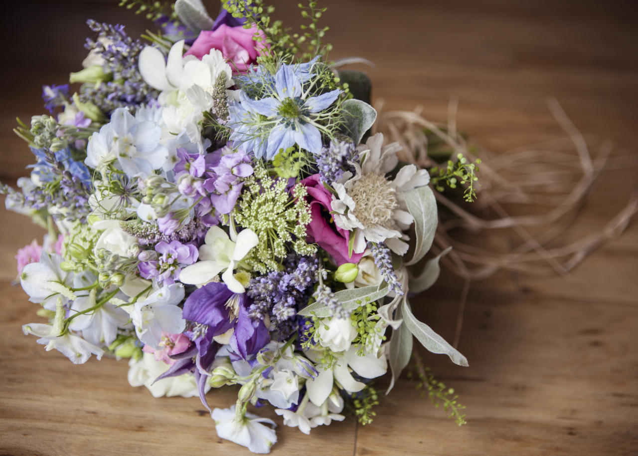 <p>Blush pink hues have ruled the wedding scene for the past handful of years but brides are beginning to look for a more Instagrammable edge.<br /><br />According to wedding experts, deeper shades and more textured florals are growing in popularity. In fact, purple is set to be the most sought-after hue of 2018. <em>[Photo: Getty]</em> </p>