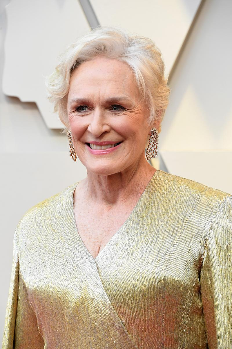 Glenn Close se viste de Oscar golden para la ceremonia derrochando elegancia (Photo by Steve Granitz/WireImage)