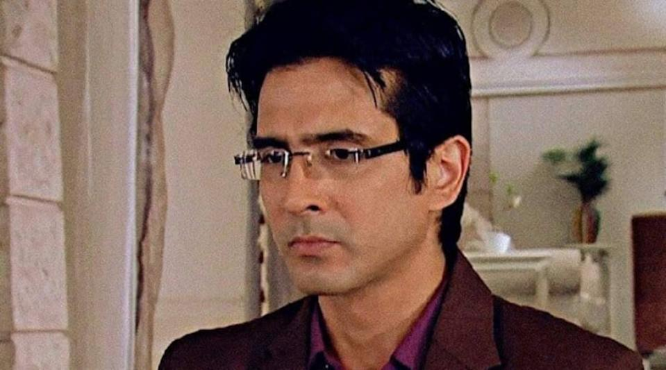 Television actor Sameer Sharma was found hanging at his house in Mumbai on August 5, this year. Sameer, who acted in serials such as Kahaani Ghar Ghar Ki and Ye Rishtey Hain Pyar Ke, had also acted in the 2014 film Hasee Toh Phasee.<br>He had separated from his wife and was living alone.