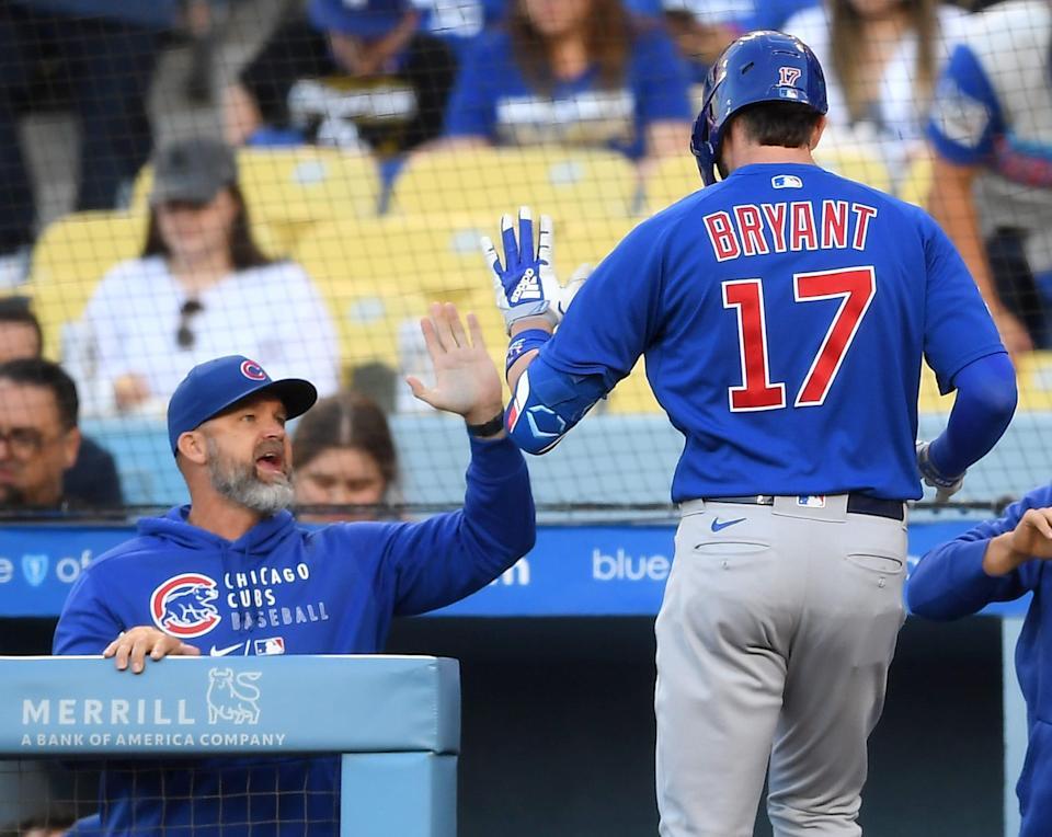 Cubs manager David Ross and Kris Bryant.