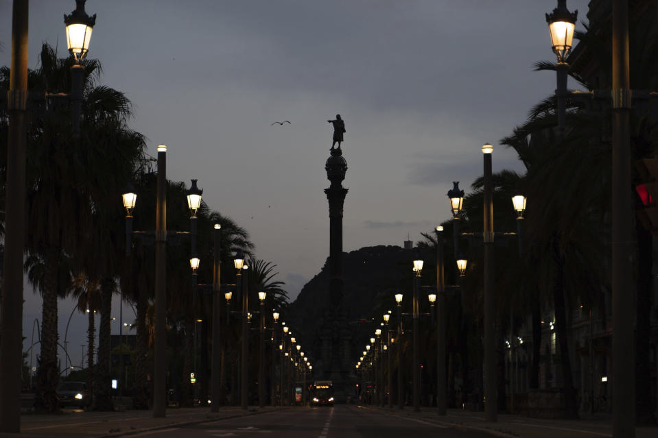 AP Interview: Barcelona mayor wants Columbus statue debate