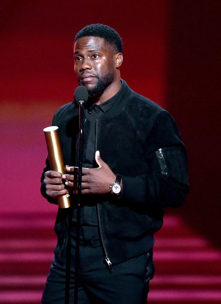 Kevin Hart at the People's Choice Awards | Alberto Rodriguez/Getty Images