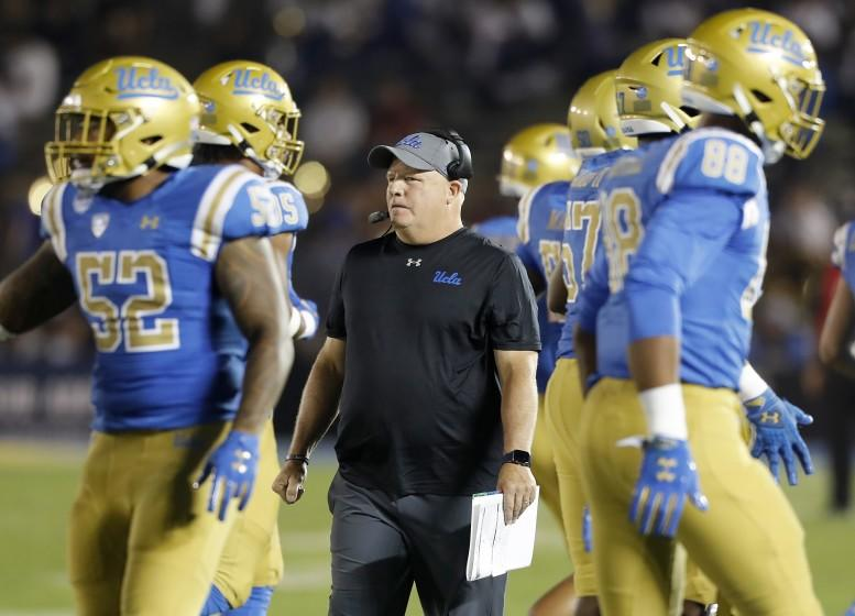 PASADENA,, CALIF. - OCT. 5, 2019. UCLA head coach Chip Kelly on the sidelines against Oregon State in the fdourth quarter at the Rose Bowl in Pasadena on Saturday night, Oct. 5, 2019. (Luis Sinco/Los Angeles Times)