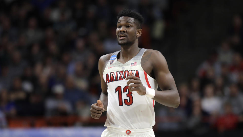 The Phoenix Suns won Tuesday's NBA draft lottery and could be eyeing Arizona big man Deandre Ayton with the first pick in the draft. (AP)