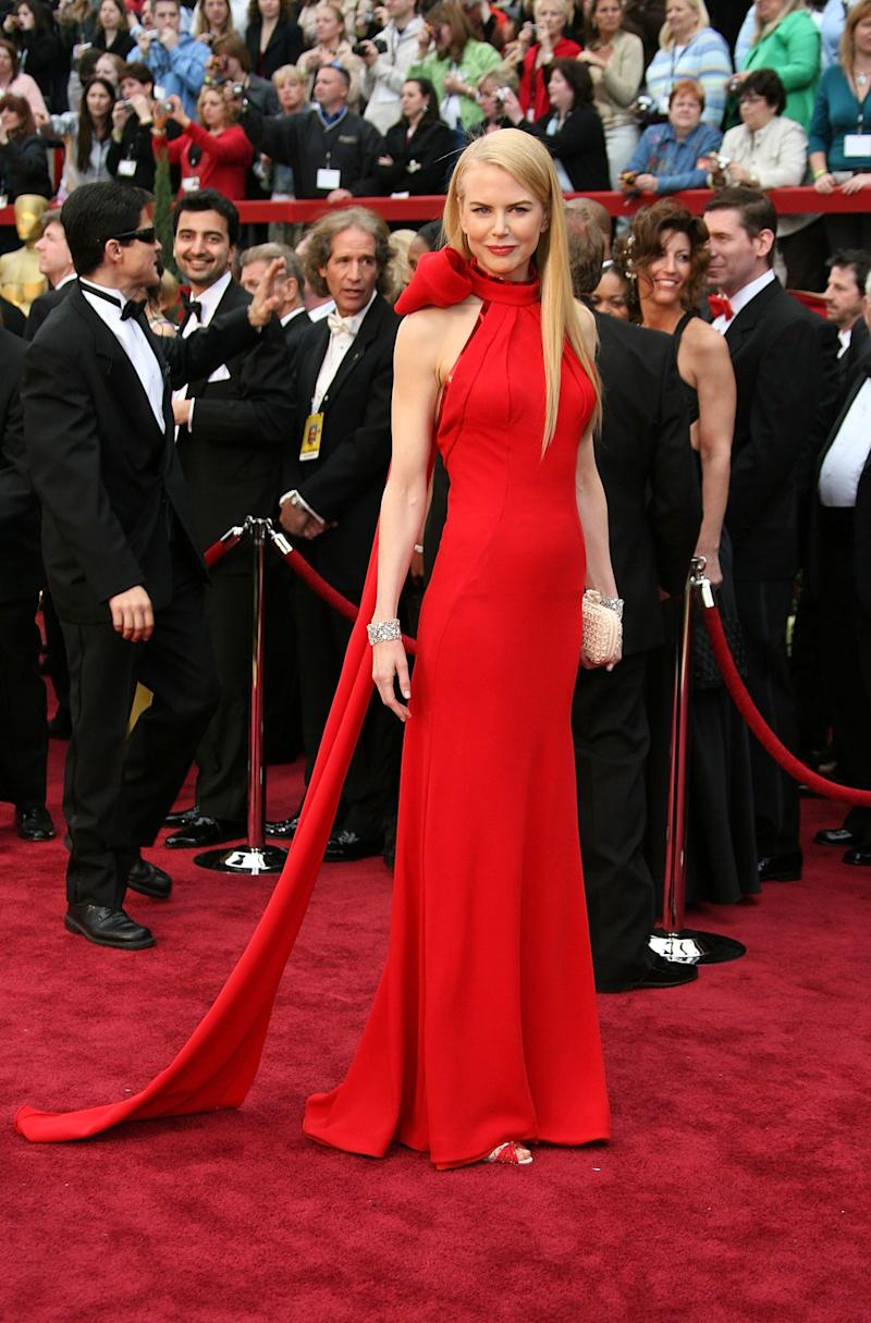Dressed in a Balenciaga gown at the 79th Annual Academy Awards held at the Kodak Theatre on Feb. 25, 2007, inLos Angeles.