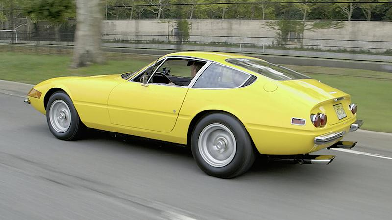Comedians in Cars Getting Coffee Jerry Seinfeld, Amy Schumer and a 1971 Ferrari Daytona 365 GTB/4