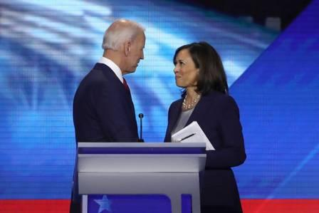 89142629_FILES In this file photo taken on September 12 2019 Democratic presidential candidates.jpg