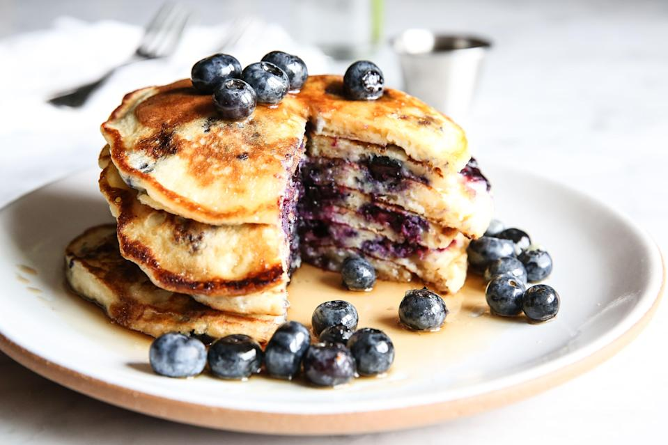 "<p>Start mom's special day off in the best way possible: with food delivered right to her cozy bed. Whether she's a sweet or savory person—or likes a mix of both!—we've got recipes she'll love. Follow up breakfast with more homemade treats for Mom! These <a href=""https://www.delish.com/holiday-recipes/g1053/mothers-day-desserts/"" rel=""nofollow noopener"" target=""_blank"" data-ylk=""slk:Mother's Day desserts"" class=""link rapid-noclick-resp"">Mother's Day desserts</a> are even better than a gift.</p>"