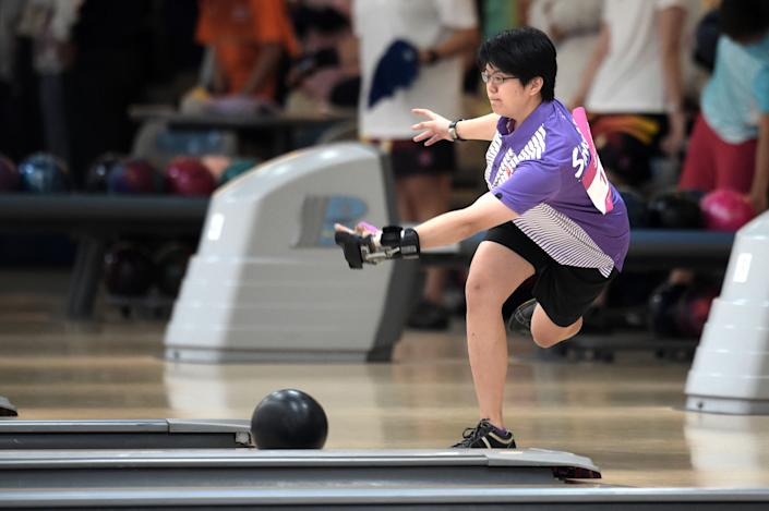 Singapore bowler Cherie Tan in action at the 2014 Asian Games.