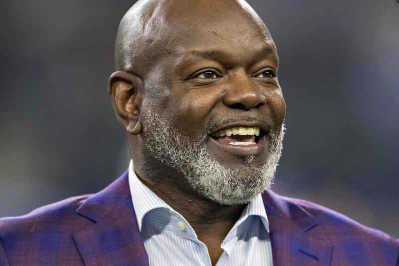 ARLINGTON, TX - NOVEMBER 28: Former Dallas Cowboy Emmitt Smith on the sidelines before a game on Thanksgiving Day against the Buffalo Bills at AT&T Stadium on November 28, 2019 in Arlington, Texas. The Bills defeated the Cowboys 26-15. (Photo by Wesley Hitt/Getty Images)