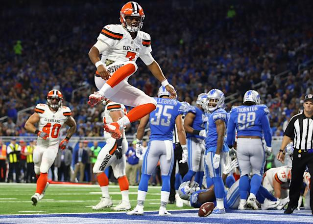 <p>Quarterback DeShone Kizer #7 of the Cleveland Browns celebrates his touchdown against the Detroit Lions during the third quarter at Ford Field on November 12, 2017 in Detroit, Michigan. (Photo by Gregory Shamus/Getty Images) </p>