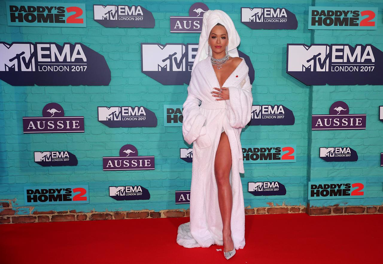 <p>British singer Rita Ora arrives at the 2017 MTV Europe Music Awards at Wembley Arena in London, Britain, November 12, 2017. REUTERS/Hannah McKay </p>