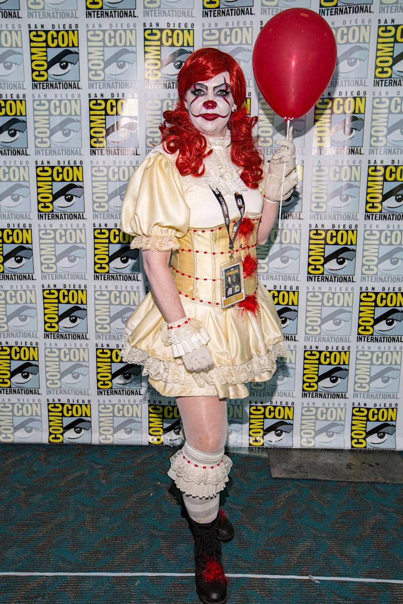 "Cosplayer Mindy Conley dressed as Pennywise from the movie ""It."""