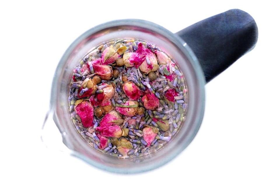 Fruity and floral – what happens when you pair up berries with flower tea? — Pictures by CK Lim