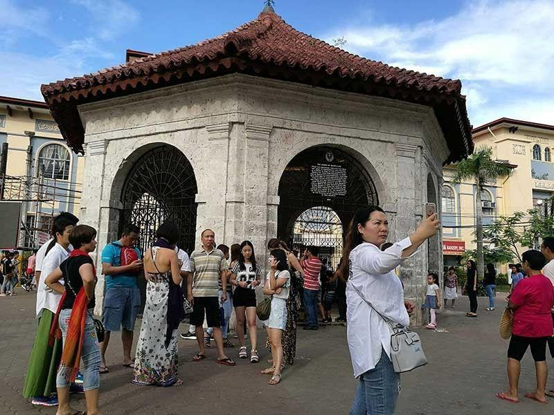 UNWTO: Int'l tourist arrivals down 65% in first half