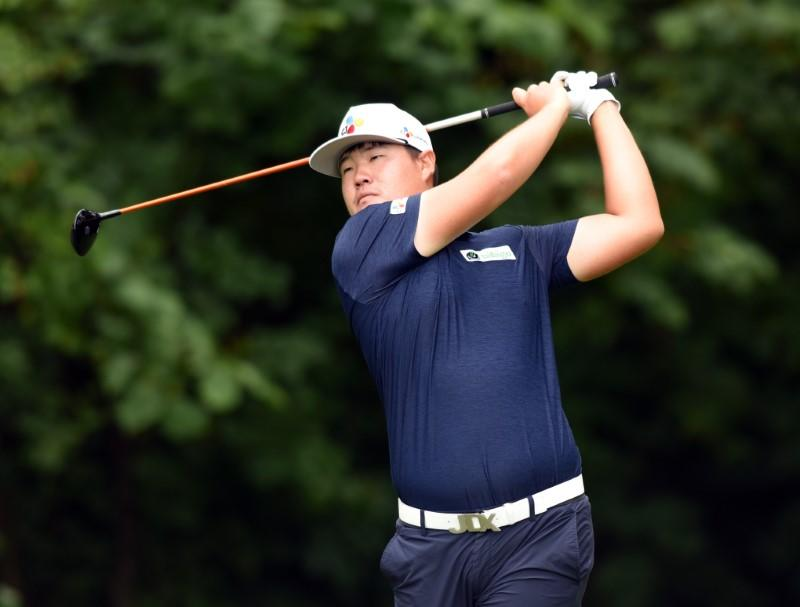 South Korea's Im tries to keep eyes off the prize at Tour Championship
