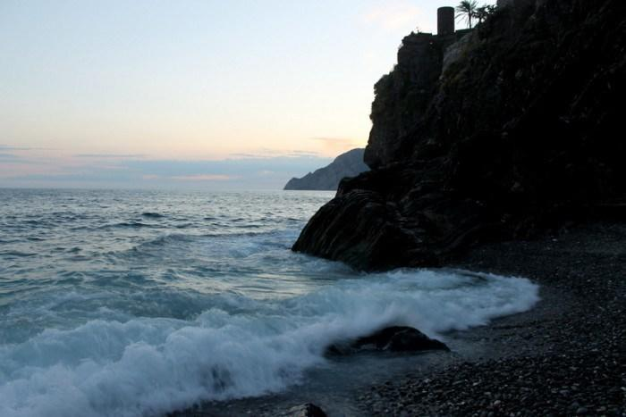 """<p>The sunset in Vernazza…beautiful.<br></p><p><i>(Photo: <a href=""""http://www.dtravelsround.com/"""" rel=""""nofollow noopener"""" target=""""_blank"""" data-ylk=""""slk:D Travels Round"""" class=""""link rapid-noclick-resp"""">D Travels Round</a>)</i></p><p><i><b>WATCH: <a href=""""https://www.yahoo.com/travel/go-now-the-new-seventh-wonder-of-the-world-119291045517.html"""" data-ylk=""""slk:Go Now: The New Seventh Wonder of the World — That's Empty;outcm:mb_qualified_link;_E:mb_qualified_link;ct:story;"""" class=""""link rapid-noclick-resp yahoo-link"""">Go Now: The New Seventh Wonder of the World — That's Empty</a></b></i></p>"""