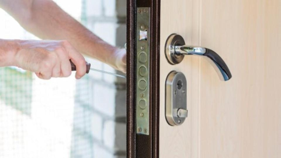 How Can You Find a Trusted Locksmith?