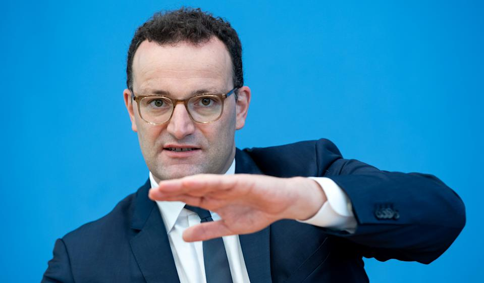 German Health Minister Jens Spahn attends a news conference to give an update on a smartphone app that allows users to evaluate their risk of being exposed to the coronavirus in Berlin, Germany, September 23, 2020.      Bernd von Jutrczenka/Pool via REUTERS
