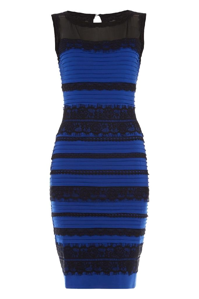The post went viral on Twitter, Facebook and other social media platforms, with users passionately split over what color the dress really is -- blue with black lace, or white with gold lace
