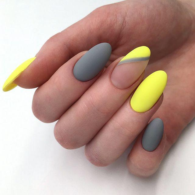 """<p>Further proof that grey and neon yellow make the perfect colour combination. </p><p><a href=""""https://www.instagram.com/p/BxkhdwDCZUx/"""" rel=""""nofollow noopener"""" target=""""_blank"""" data-ylk=""""slk:See the original post on Instagram"""" class=""""link rapid-noclick-resp"""">See the original post on Instagram</a></p>"""