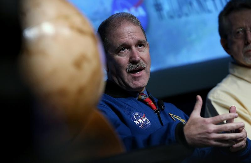 John Grunsfeld, associate administrator at NASA's Science Mission Directorate, speaks on September 28, 2015 (AFP Photo/Win McNamee)
