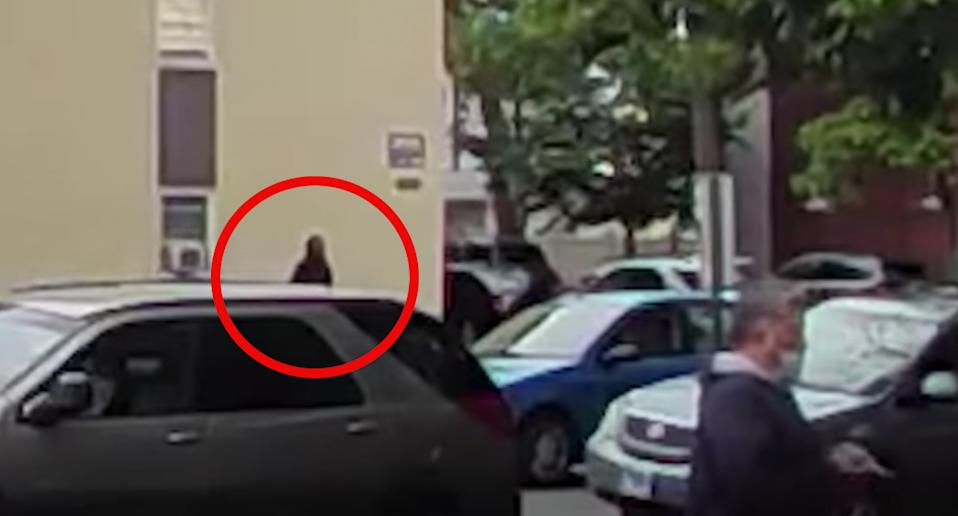 Doorbell video caught the moment before the Uber driver was shot. Source: Fox 32