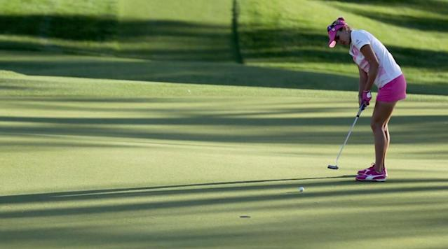 Was Lexi Thompson's four-stroke penalty warranted?
