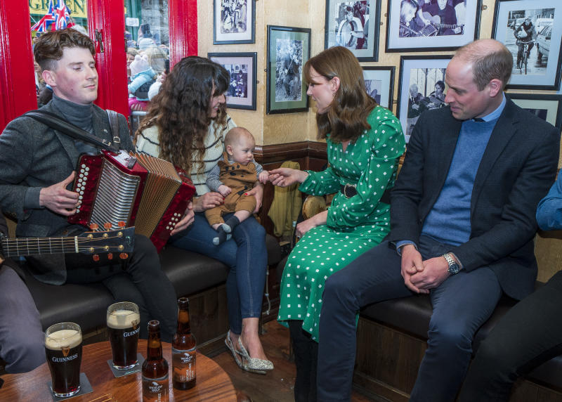 The Duke and Duchess of Cambridge greet Galwegians at Tig Cóilí, a family-owned pub in Galway. (Image via Getty Images).